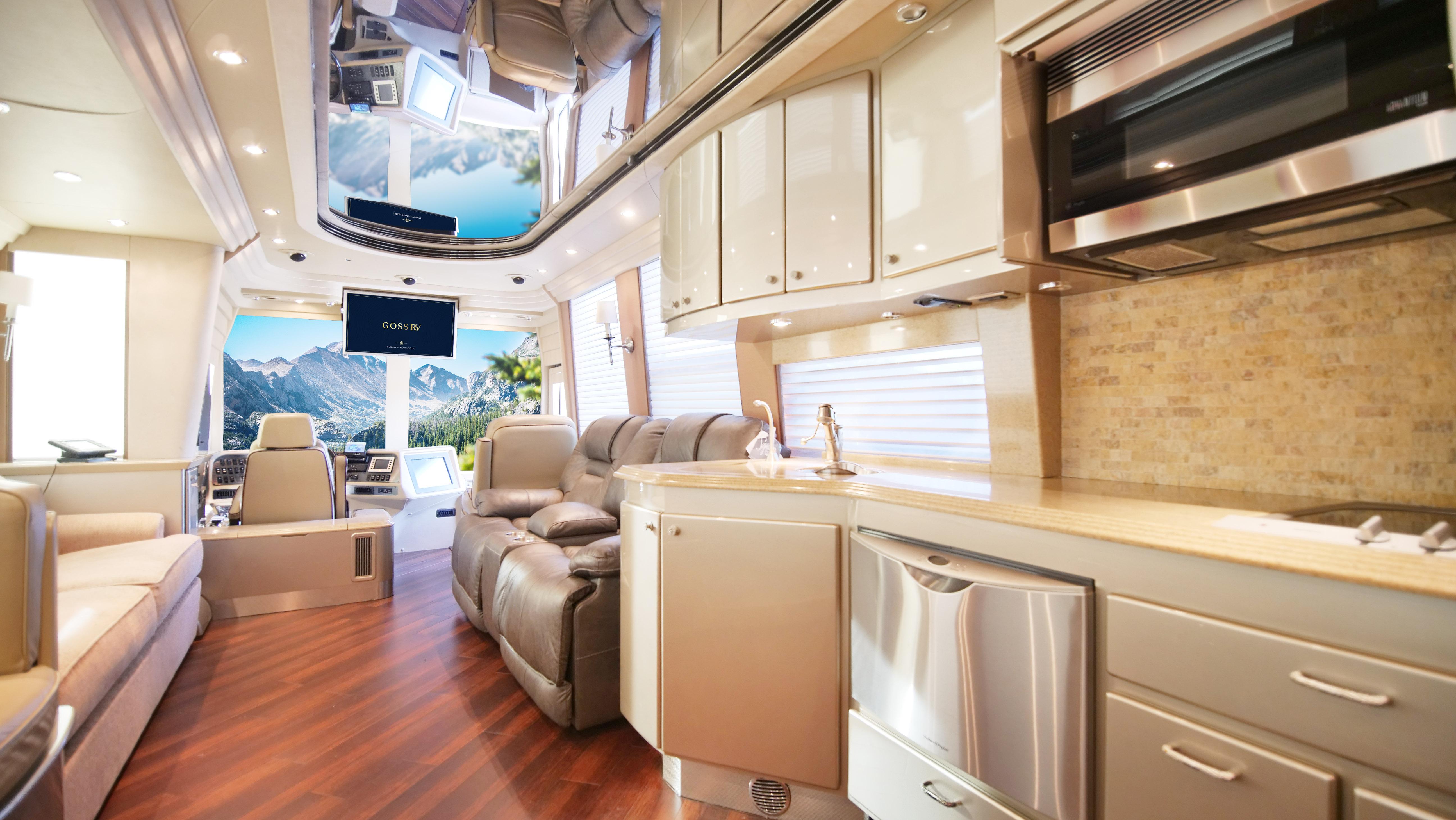 Coach Interior LP-1